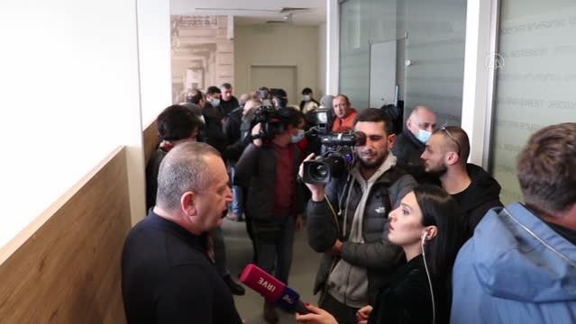 Gürcistan'da ana muhalefet partisi Birleşik Ulusal Hareketinin başkanı Melia'nın vekilliğinin düşürülmesi ve tutuklama kararı tepkiyle karşılandı.