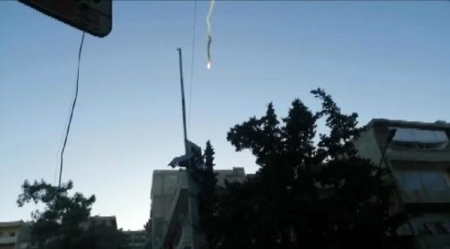 Suriye'de 2 Rus keşif uçağı düşürüldü