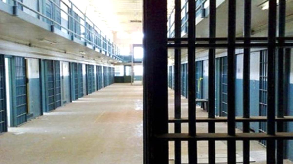 Açık cezaevlerindeki hükümlülerin koronavirüs izin süreleri 2 ay daha uzatıldı