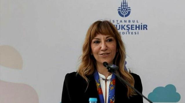 Başörtülü personele ayrımcı ifadeler kullanan eski İBB Genel Sekreter Yardımcısı Meltem Şişli'ye ceza