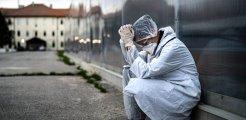 Bir günde 9 sağlık çalışanı koronavirüs nedeniyle hayatını kaybetti