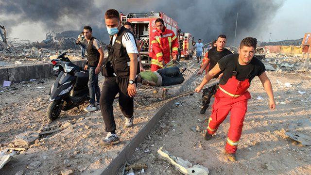 Büyük patlamanın yaşandığı Beyrut, savaş alanına döndü