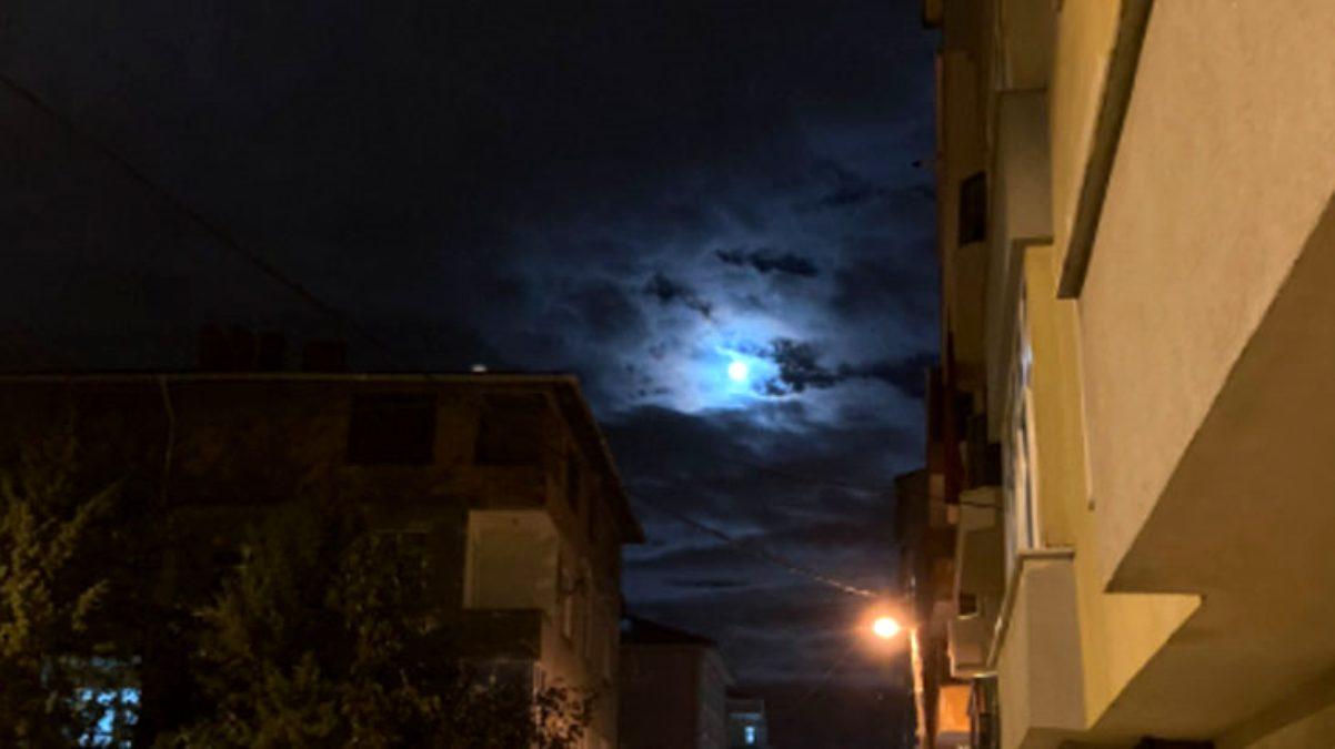 Depremin habercisi olduğu söylenen Mavi Dolunay'dan olağanüstü görüntüler