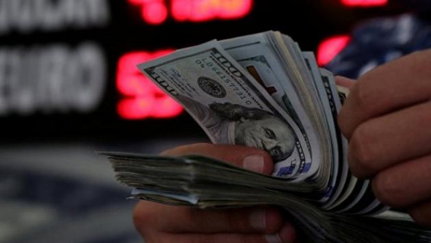 Dolara hücum: Halk kur düşüşünü alım fırsatı olarak gördü