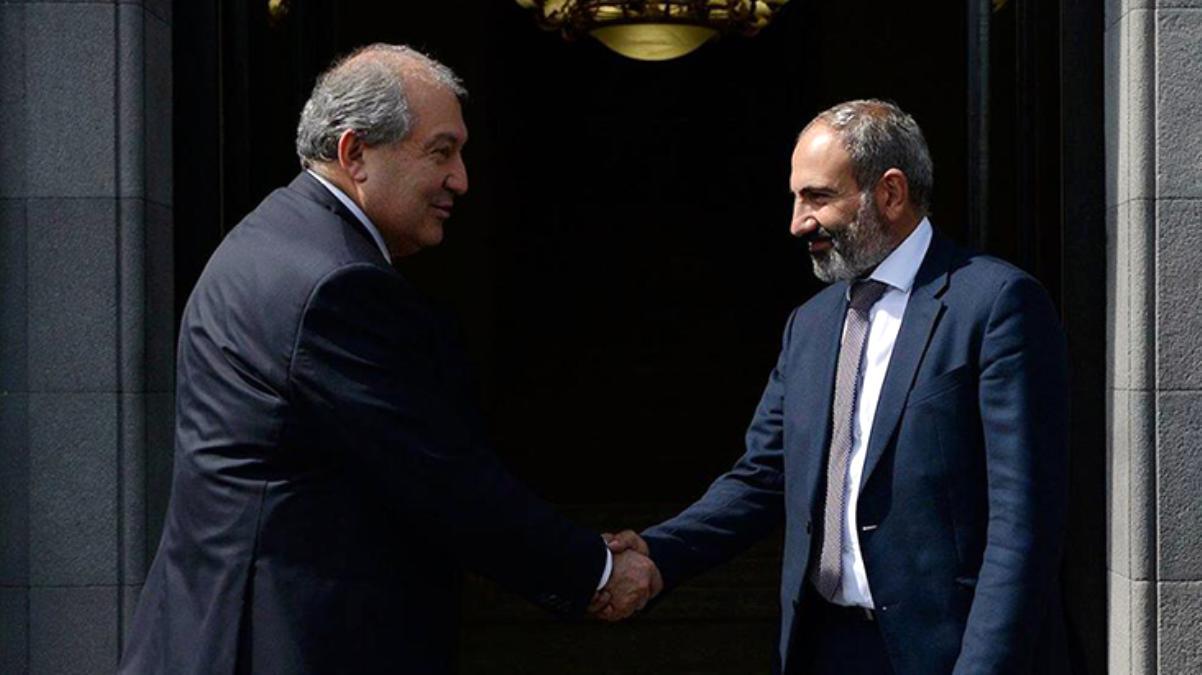 Ermenistan Cumhurbaşkanı Sarkisyan, Başbakan Paşinyan'a erken seçim çağrısı yaptı