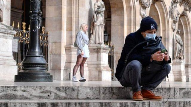 Fransa'da koronavirüs vakaları mart ayından bu yana en yüksek seviyeyi gördü