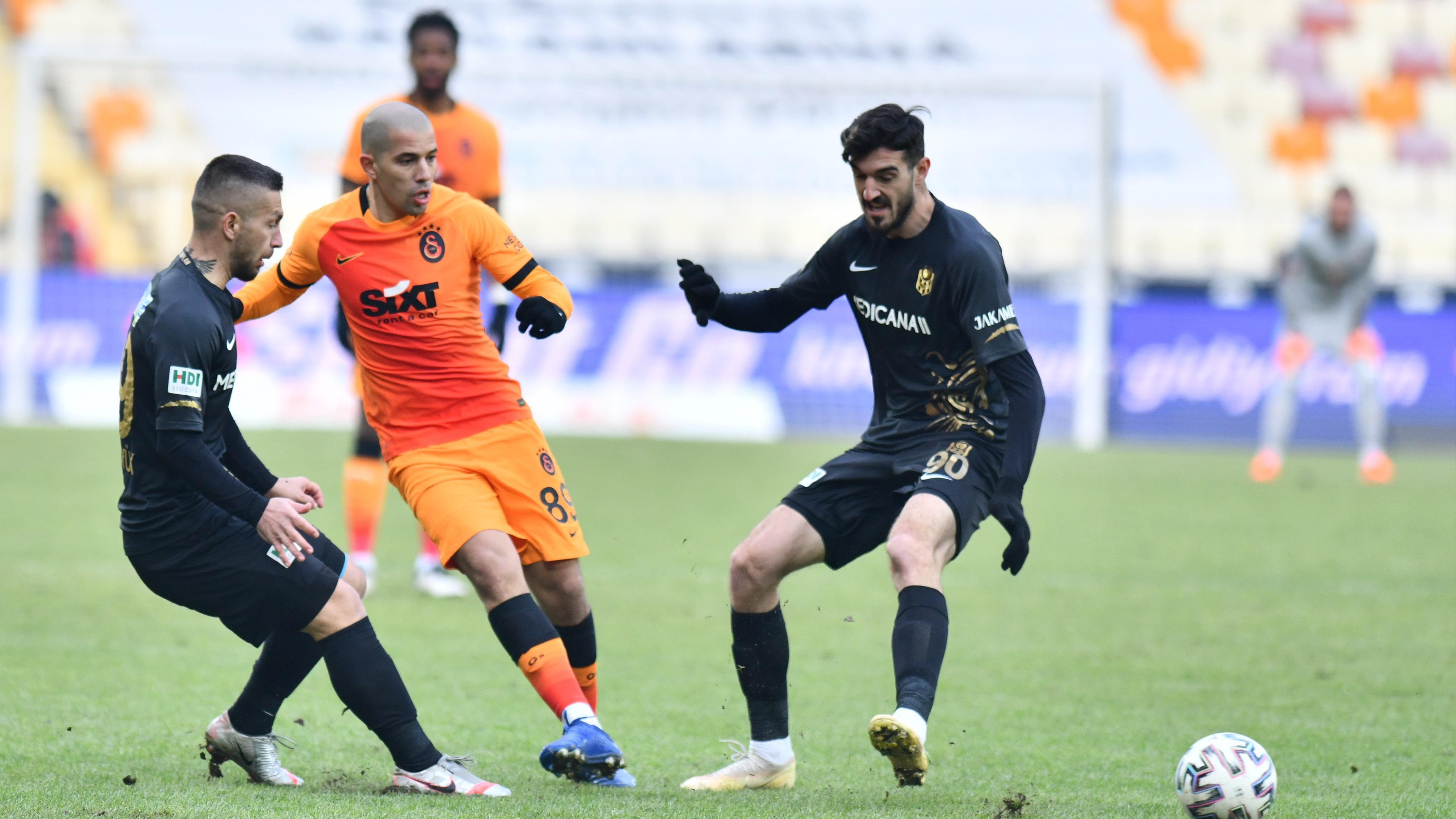 Galatasaray haberi: Son dakika Sofiane Feghouli açıklaması!