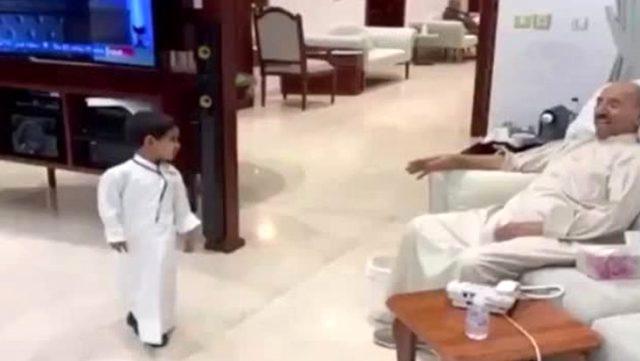 Hayatını kaybeden Kuveyt Emiri El-Sabah'ın torunuyla son görüntüsü paylaşıldı