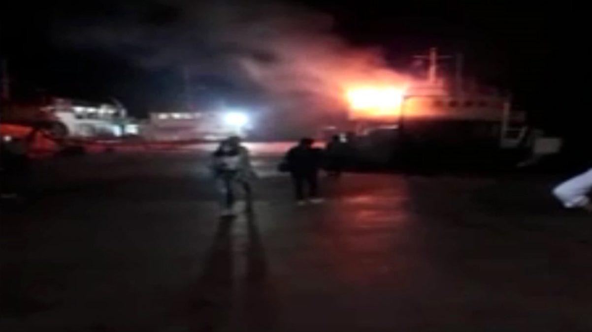 Maltepe sahilinde bir gemide yangın çıktı