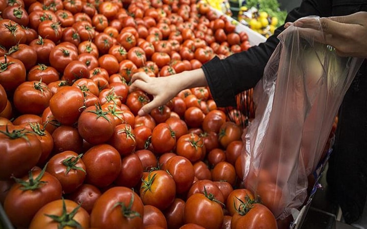 Market poşeti ücretlenince manav poşetlerine talep arttı