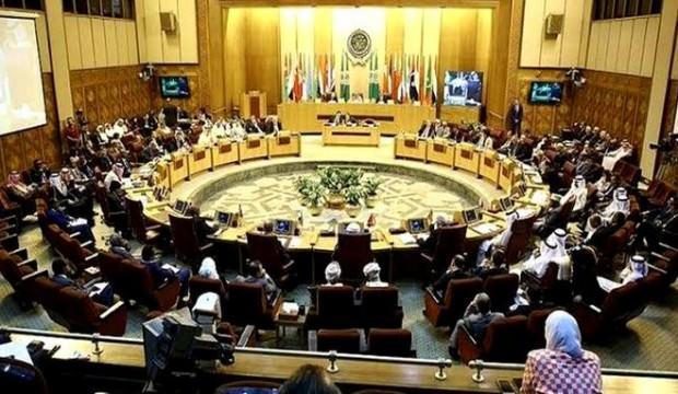 Mısır televizyonu, Katar temsilcisi konuşurken canlı yayını kesti