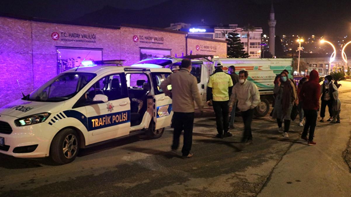 Polis denetimine takılan ehliyetsiz sürücü ve yanındaki 5 kişiye ceza yağdı