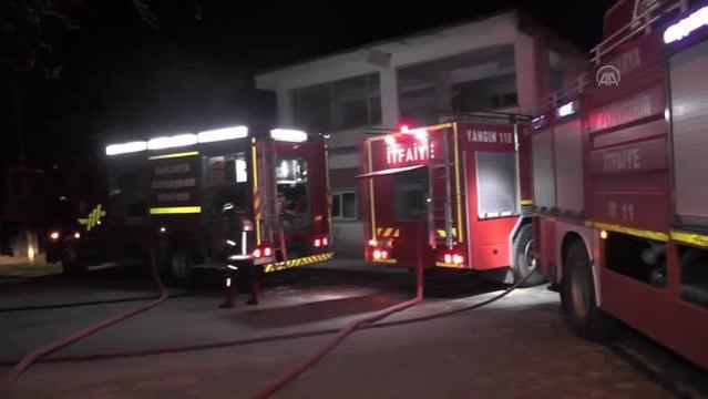 Son dakika haber | Çıkan yangında iş yeri kullanılamaz hale geldi