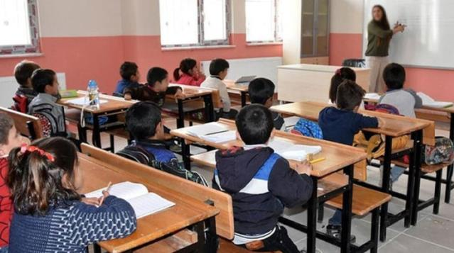 Son Dakika! Milli Eğitim Bakanı Ziya Selçuk: Yüz yüze eğitim kademeli olarak başlayacak