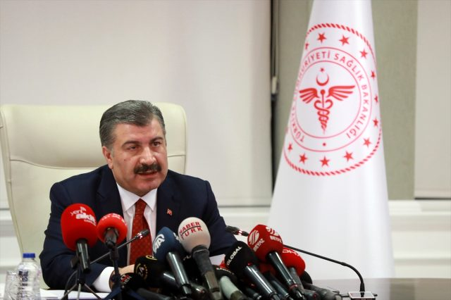 Son Dakika: Türkiye'de 15 Eylül günü koronavirüs kaynaklı 67 can kaybı, 1742 yeni vaka tespit edildi
