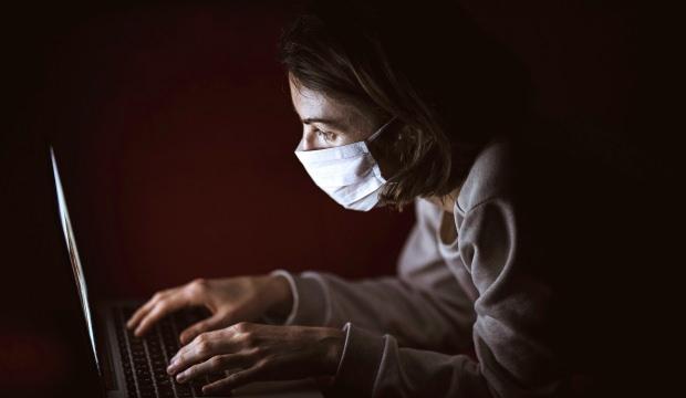 Uzmanlar aşı hakkındaki bilgi kirliliğine karşı uyardı