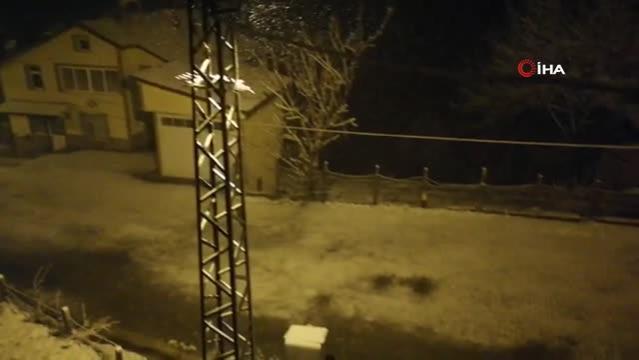 Zonguldak'ın yüksek kesimlerine kar yağdı
